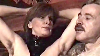 German Mature Femdom- Gimp Must Munch Her Wooly Armpits