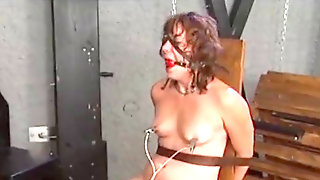 Electric Torture / Gal Roped To A Chair And Tortured