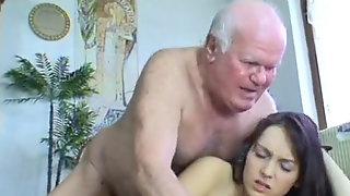 Victoria Run Away Damsel Hosted By Friendly Grandpa