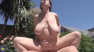 Mature Mother With Huge Saggy Knockers Takes Big Cock