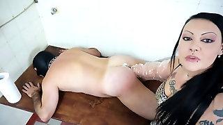 Violent Domina Going Knuckle Deep Poor Slave In Asshole