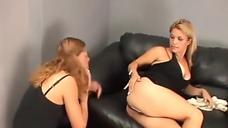 Kostenlose nackte Mädchen farting Video Clips