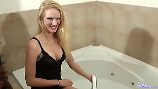 Ali May Underwater Bathtub Masturbation