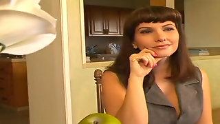 Carrie Ann - Spandex Milfs