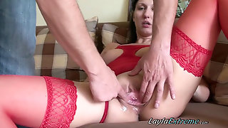 0201_LaylaExtreme_Hot Bitch Gets A Huge Knuckle And Bottle In Raw Twat