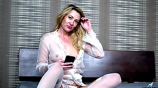 Mischievous MILF Will Never Turn Down Some Steamy Solo Session