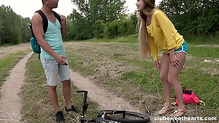 Outdoor Quickie Between A Handsome Stranger And Sexy Mary Rock