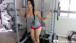 Kinky Tia Is Working Out Highly Sexily