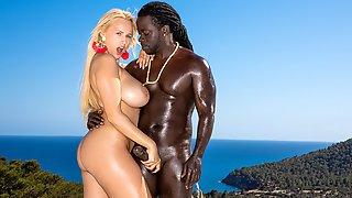 Ebony Pulverizes Ivory