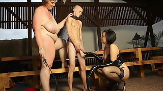 Bondage Experience In A Threesome Is Amazing With Dominant Dominika