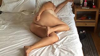 Bedroom Spycam Unsuspecting Mummy