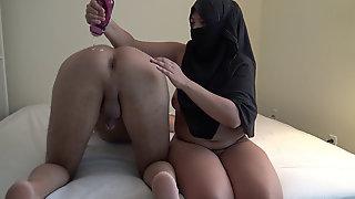 ARAB Nubile Masturbating SAUDI Hotwife ???? ????? ?? ???? ????