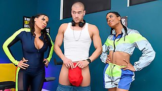 Excellent Interracial Sex In The Gym With Kira Noir And Luna Star