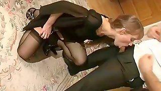 Yulia Tikhomirova3