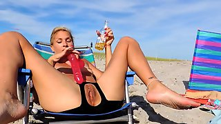 Nude Beach Chair Squirting