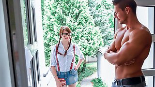 Nerdy Cutie Seduces Her Friends Brother