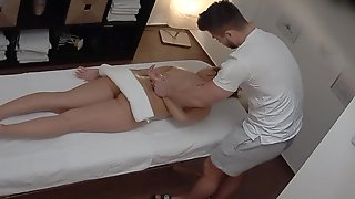 Red Haired Lady Got A Relaxing Massage And A Casual Fuck From A Guy She Liked
