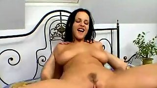Michelle Wilds 110% Big Naturals In Amateur Hardcore Action With Cumshot