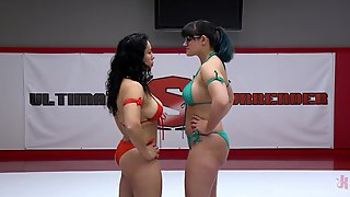 Izamar Gutierrez And Penny Barber Want To Try New Vibrator For The Best Cum