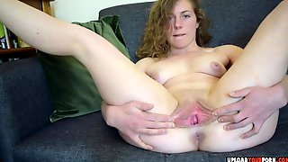 Horny Chick Dirty Talk And Spreading Her Pussy