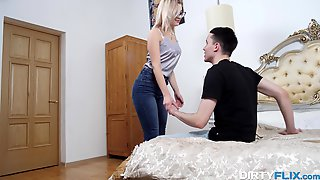 Flexible Blonde Chick In Glasses Anna Krowe Just Loves Sucking Cock 69