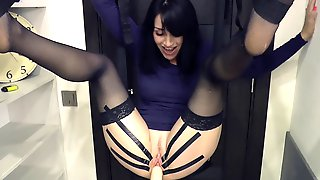 Unbelievable Fast Machine Screw, Horny Squirt And Orgasm