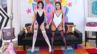 Good-looking Babes Zoe Bloom And Rosalyn Sphinx Are Enjoying Anal