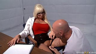 Horny Blonde Rikki Six Takes A Dick In Her Mouth And Love Tube