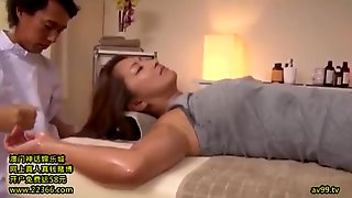 Busty Japanese Cougar Have Hot Massage