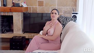 DDFBusty-Marta La Croft-Trainer Works Her Titties Out