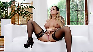 Stunning Women Playing With Their Wet Pussies On The Couch