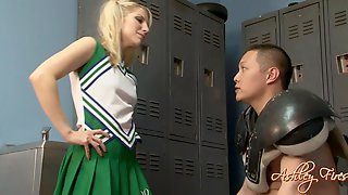 Hot Cheerleader With A Foot Fetish Services A Football Player