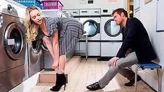 Stunning Blonde Angel With Round Bottom Mia Malkova Screwed In The Laundry