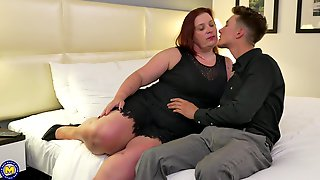 Redhead Mature Amateur Nikki Hayze Fucked Doggy Style In A Hotel