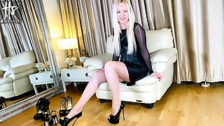 Helena Sin - Shoe Feet Porn