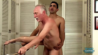 Daddy HOOKING UP