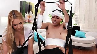 Blonde Bombshell Sarah Vandella Helps Injured Guy With Boner
