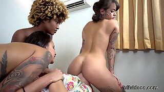 Trio Ebony Queens Humiliate Slave