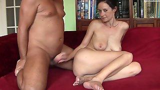 Mature Latina Hardcore