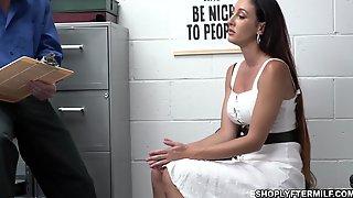 MILF Suspect Artemisia Takes Officer Jacks Big Load After A Nice Banging