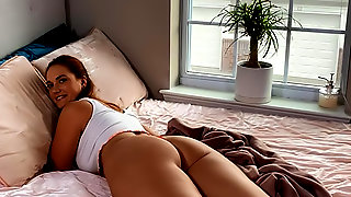 Siri Gets Caught And Fucked By Her Roomie
