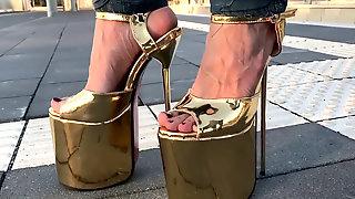Lara At Railstation With Extrem Platform Sandals