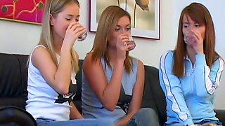 Three Gorgeous Teens Have An Amazing Lesbian Pleasure