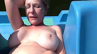 Mature Czech Busty Enjoying Swapping Fuck POV