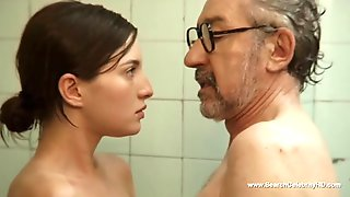 Spanish Teen Actress Maria Valverde Has Relations With An Older Man