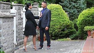 Naughty Wife Kira Queen Drops Her Panties To Have Erotic Sex