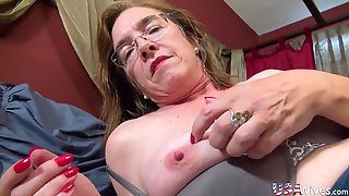 Usawives Huge Titted Matures Self Stimulation With Dildos