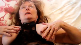 Stacked Amateur Granny In Lingerie Takes Herself To Orgasm
