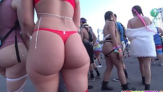 PAWG Amateur Hot Babes Getting Voyeured At Event
