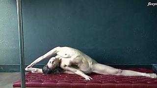 Tight Brunette Long Hair Gymnast Christina Toth